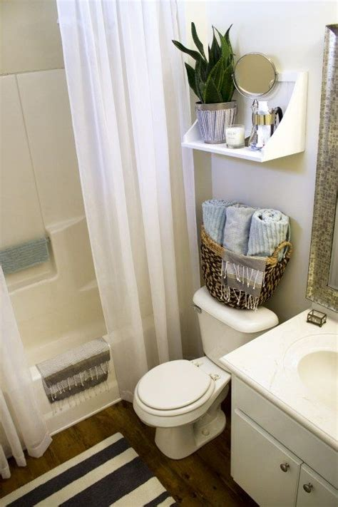 Ideas For A Small Bathroom In An Apartment by Small Rental Bathroom Makeover 2 Not A Passing Fancy