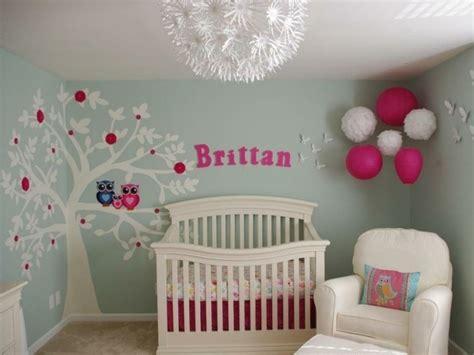 décoration murale chambre bébé fille idées de déco chambre adulte et bébé