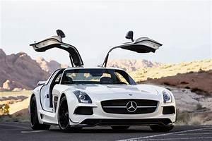 Mercedes Sls Amg Gt : 2014 mercedes benz sls amg gt performance review the car connection ~ Maxctalentgroup.com Avis de Voitures