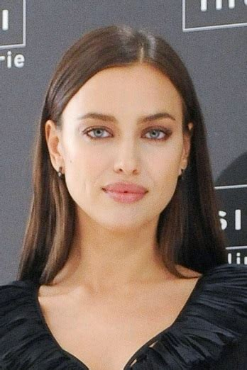 hairstyles irina shayk long straight hairstyle