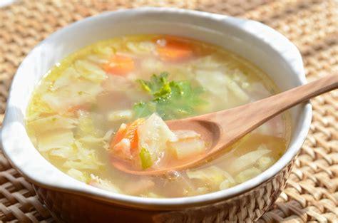 cuisine chou recette traditionnelle de soupe aux choux de grand mère