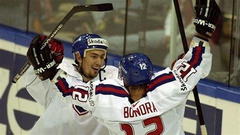 Majstrovstvá sveta v ľadovom hokeji 2002 sa konali vo švédsku v mestách göteborg, karlstad a jönköping.boli to v poradí 66. Slovensko chce pořádat MS v hokeji v roce 2018 - Sport.cz