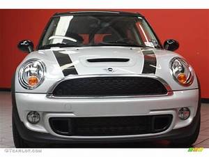 Mini White Silver : white silver metallic 2011 mini cooper s clubman exterior photo 46893248 ~ Maxctalentgroup.com Avis de Voitures