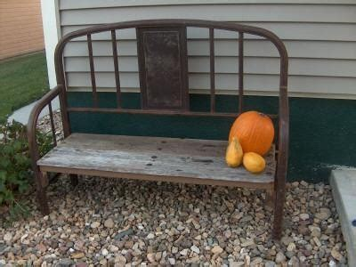 Bench From Old Iron Bed!  Projects Worth Doing