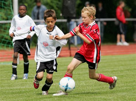 Youth And Organized Sport Have Benefits The Canadian