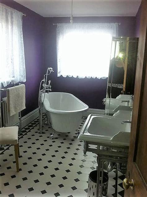 Victorian Style bathroom wall & floor tiles.North London