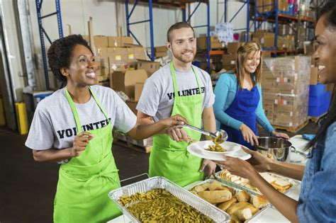 soup kitchen volunteer island how to volunteer the holidays and into year