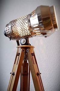 Retro Lampe Holz : bauhaus tripod loft steh lampe holz stativ art deco design metall retro dreibein ~ Indierocktalk.com Haus und Dekorationen