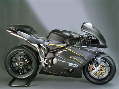 fast bikes  mv agusta
