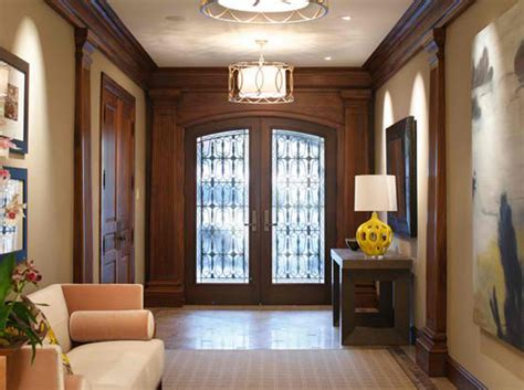 How To Choose Lighting Fixtures For Your Foyer Entry