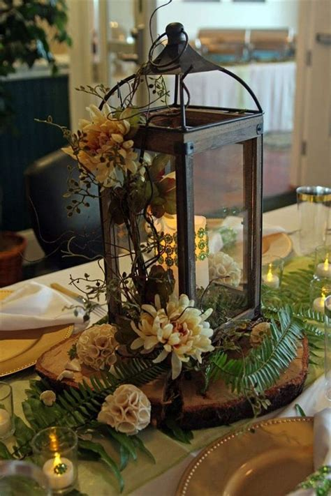 Dining table decor can make or break the way our whole dining rooms look! 31 Gorgeous Winter Lantern Centerpieces Ideas Best For ...