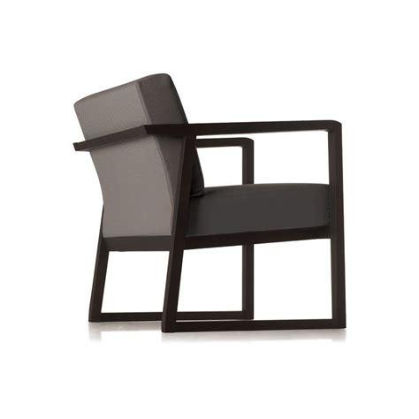canapé marque italienne fauteuil accoudoir en bois et tissu