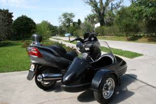 Moped Scooter with Sidecar
