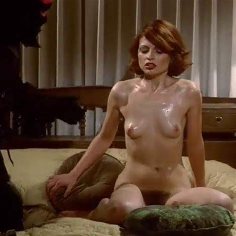 Nude Woman Trying To Seduce Her Killer Scandal Planet