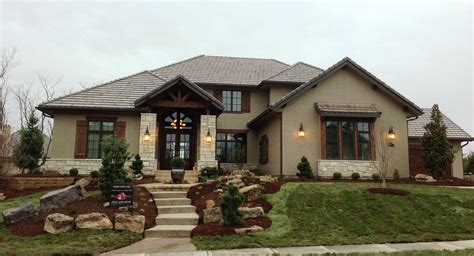 Very Comfortable American Style House Plans — House Style