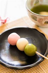Three Colour (Sanshoku) Dango 三色団子 | Chopstick Chronicles
