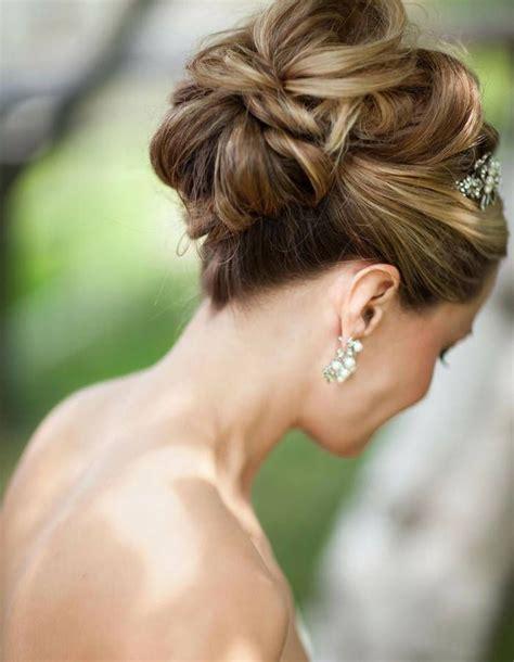 cuisiner des chignons de chignon de mariée 2015 50 chignons de mariage pour rêver