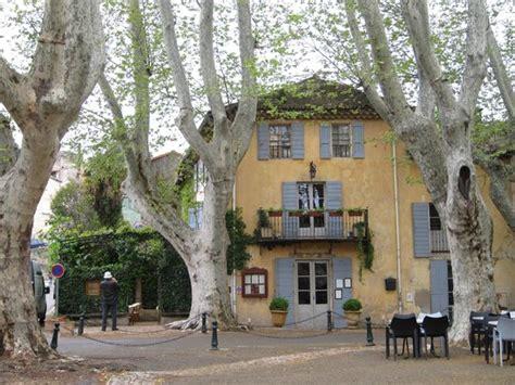 a picture of la maison de cucuron cucuron tripadvisor