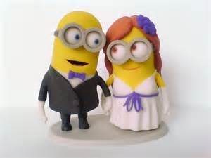 minion wedding cake topper las figuras de novios más originales y frikis para la tarta