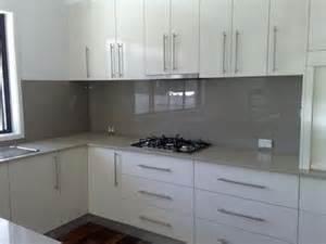 tile ideas for bathroom walls the 25 best coloured glass splashbacks ideas on