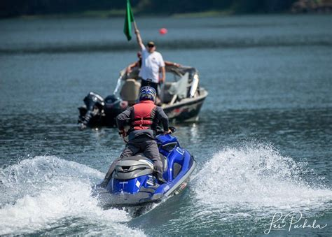 Drag Boat Racing Canada by Drag Boat Racing Makes A Splash In Harrison Mills Bc