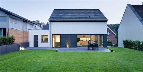 Einfamilienhaus Mit Loft Im Haus by Beispielh 228 User Klassisch Bis Modern Petershaus