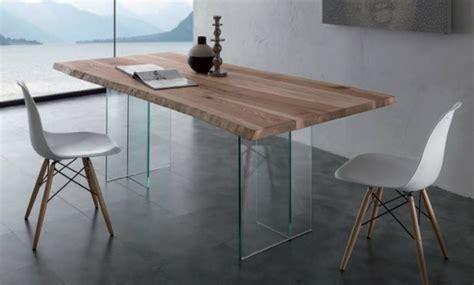 table bois et verre avec rallonge table en verre design pour un espace de vie chic et moderne