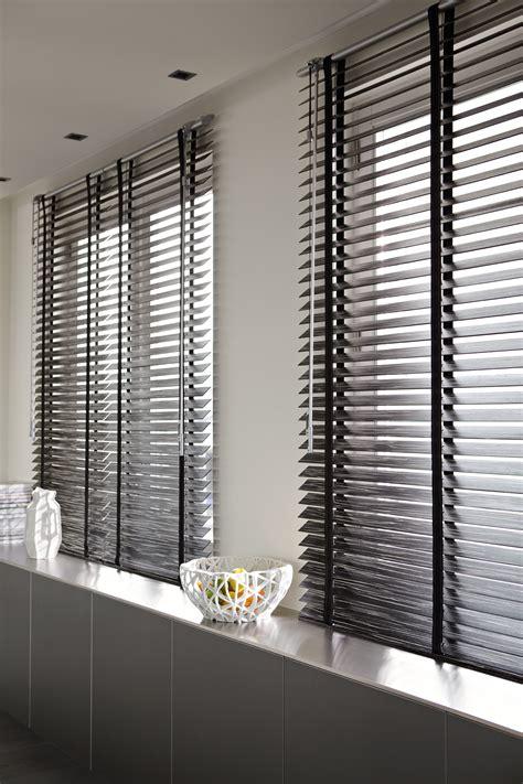luxaflex hout 240 breed pvc luxaflex ochtend schoonmaakwerk