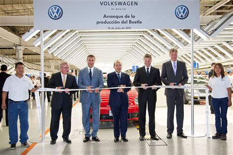volkswagen mexico plant beetles hatch in mexico the truth about cars