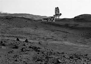 8 Bizarre, Unexplained Images Sent Back By The Mars ...
