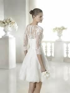 robe mariã e courte dentelle robe courte en dentelle brodée san modèle shanata mariella