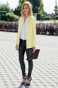 Look Chic Femme : look chic avec une veste de tailleur jaune taaora blog mode tendances looks ~ Melissatoandfro.com Idées de Décoration