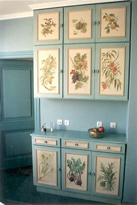 What Paint To Use On Kitchen Cupboard Doors by Painted Kitchen Cupboards House Madrid 1992