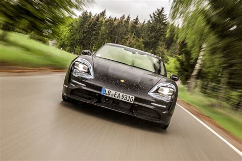 Automobile Mag Taycan review: The Porsche Taycan Turbo ...