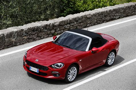 New Fiat Spider by New Fiat 124 Spider Priced From 163 19 545 In The Uk