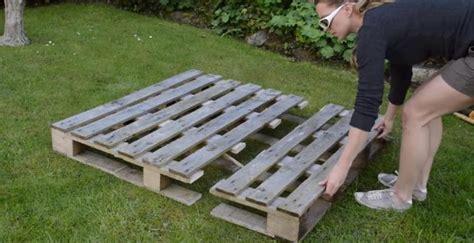 jardiniere cuisine comment transformer une palette de bois en jardinière en