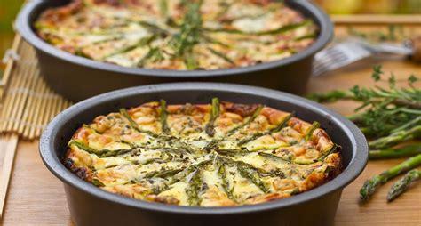 quiche sans pate asperges recette de quiche sans p 226 te aux asperges et fromage frais