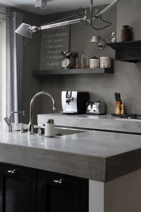 cuisine grise avec plan de travail noir plan de travail cuisine en 71 photos idées inspirations conseils