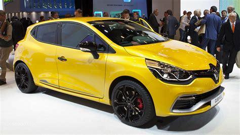 Renault Clio 4 Rs 200 Scooped In Paris Autoevolution