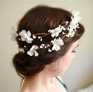 Items Similar To White Flower Hair Wreath SAKURA BRANCH