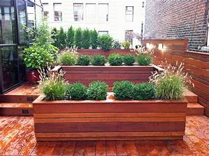 This nyc custom roof garden design features contemporary for Wood design garden