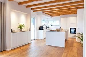 Küche Landhausstil Modern : kueche weiss modern landhausstil keramik bora kochfeld 011 thumb k che k che neue k che und ~ Frokenaadalensverden.com Haus und Dekorationen