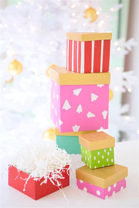cute diy paper mache gift boxes   shelterness