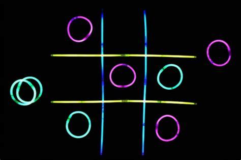 glow stick tic tac toe   takes