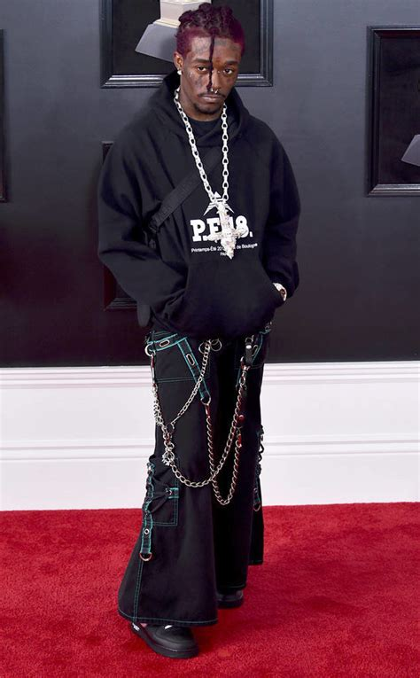 heres   head turning outfits   grammys red