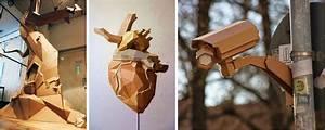 Las sorprendentes esculturas de cartón de Bartek Elsner Ecoembes Amarillo, Verde y Azul