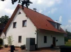 Preiswert Haus Bauen : preiswert bauen so gelingt der preiswerte hausbau ~ Markanthonyermac.com Haus und Dekorationen