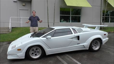 Here's Why the Lamborghini Countach is Worth $300,000 ...