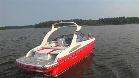 Larson Boats Youtube by Larson Boats Lxi 258 Youtube