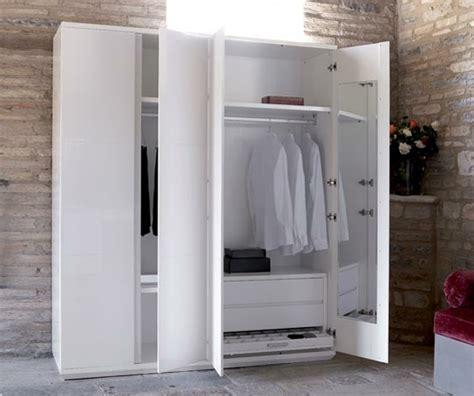 trendy wohnideen fuer einen kleiderschrank und garderobe